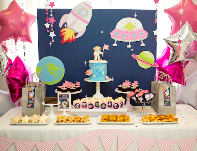 good birthday party themes ; best-birthday-party-themes-kids-space-universe