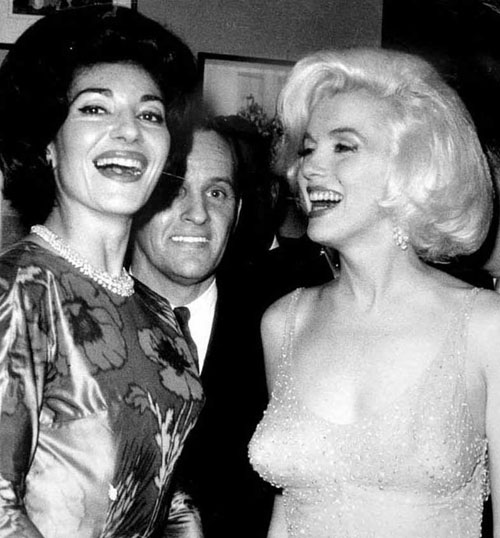 happy birthday mr president ; the-personal-property-of-marilyn-monroe-the-happy-birthday-mr-president-dress-2