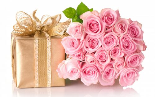 hd wallpaper happy birthday gifts ; Happy-Birthday-Images-With-Rose-Flowers-and-Gift-500x313