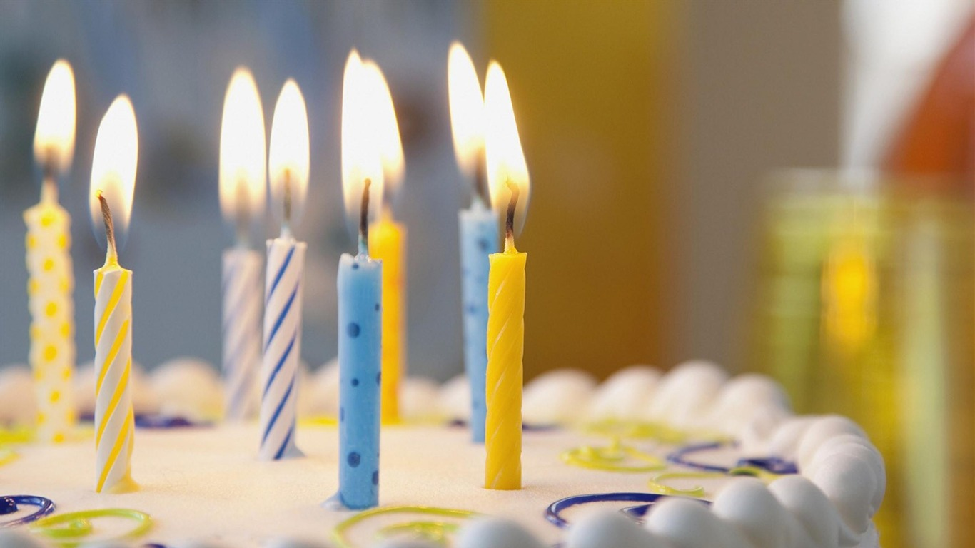 high quality birthday images ; Birthday_cake_Candles-High_Quality_wallpaper_1366x768