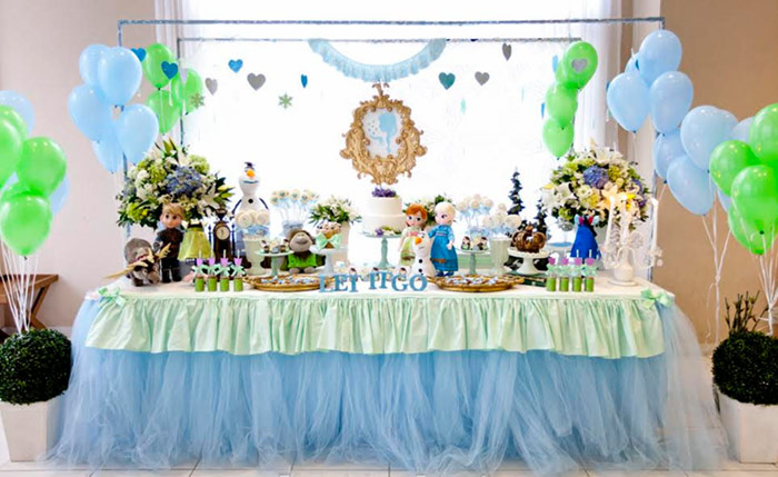 kids bday party themes ; frozen-party