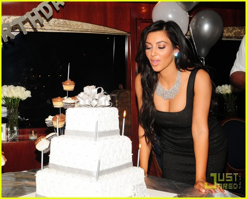 kim kardashian birthday picture ; kanye-west-kim-kardashian-birthday-boy-07