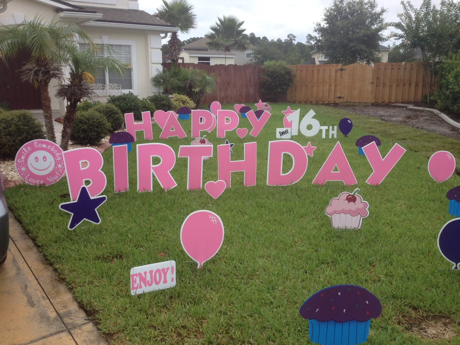 large birthday signs ; e1672f834935dd12e14637f0f073b56a