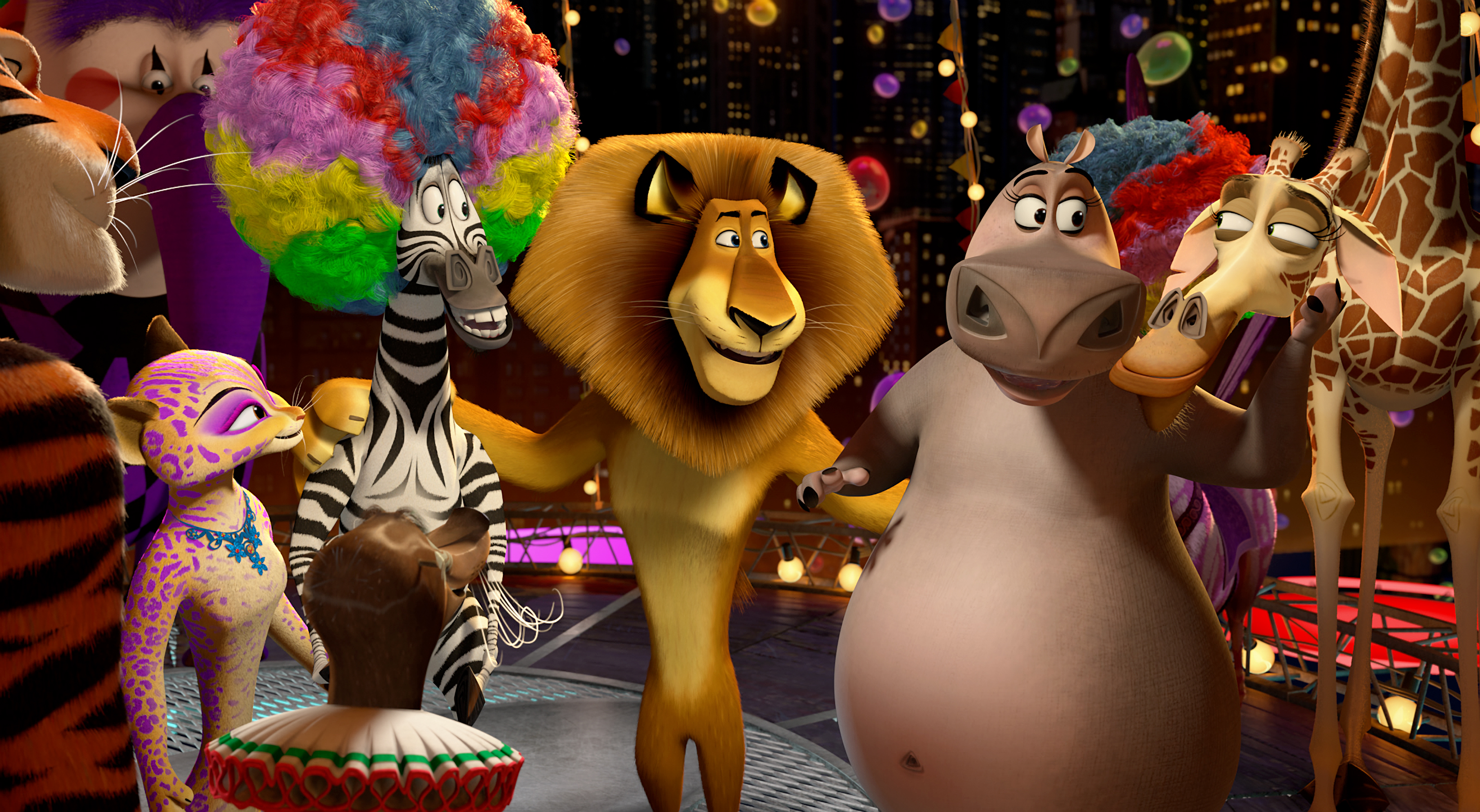 madagascar happy birthday ; madagascar-3-gang-at-the-circus