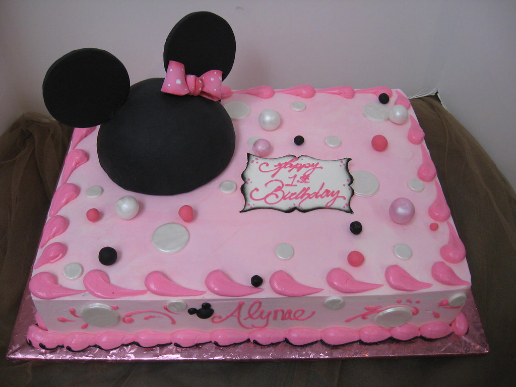 minnie mouse birthday sheet cake ; 3624245540_bd10dc7380_b