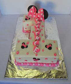 minnie mouse first birthday sheet cake ; number-1-minnie-mouse-birthday-cake_142148
