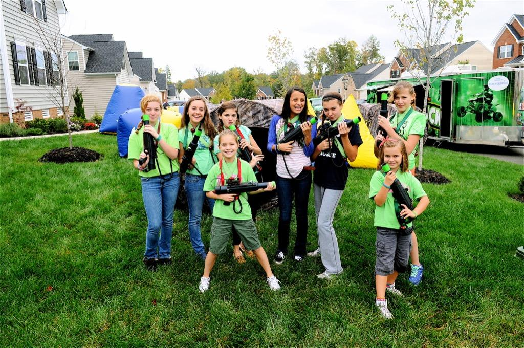 mobile laser tag birthday party ; GameTruck-LaserTag-Parties-0010