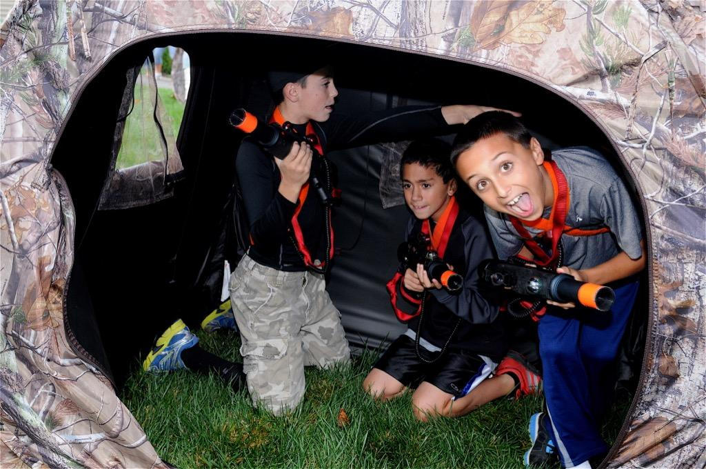 mobile laser tag birthday party ; GameTruck-LaserTag-Parties-0014