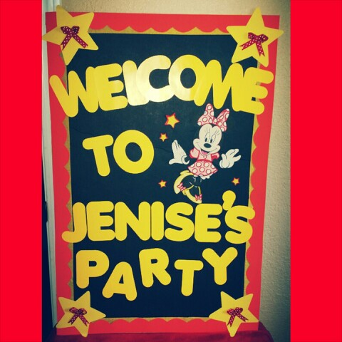 picture board for birthday party ; 0afd5e4021f2d963ed26081caae73b54