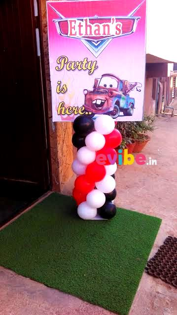 picture board for birthday party ; 1498110270-23