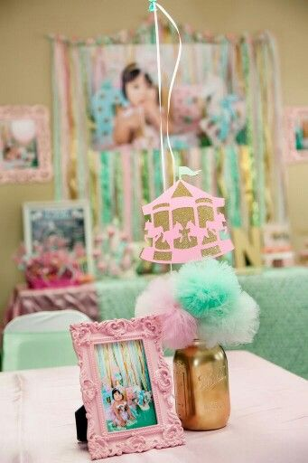 picture centerpieces for birthday party ; 0269c01003e489c38409e2c2aad56411--carousel-party-centerpieces-unicorn-birthday-party-centerpieces