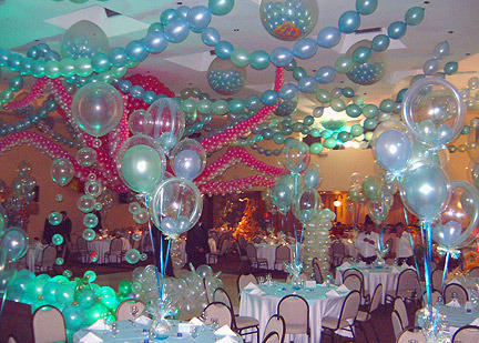 picture centerpieces for birthday party ; birthday-party-decorations-500x500