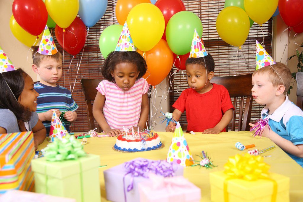 picture of birthday party scene ; Attending-Children-Birthday-Party