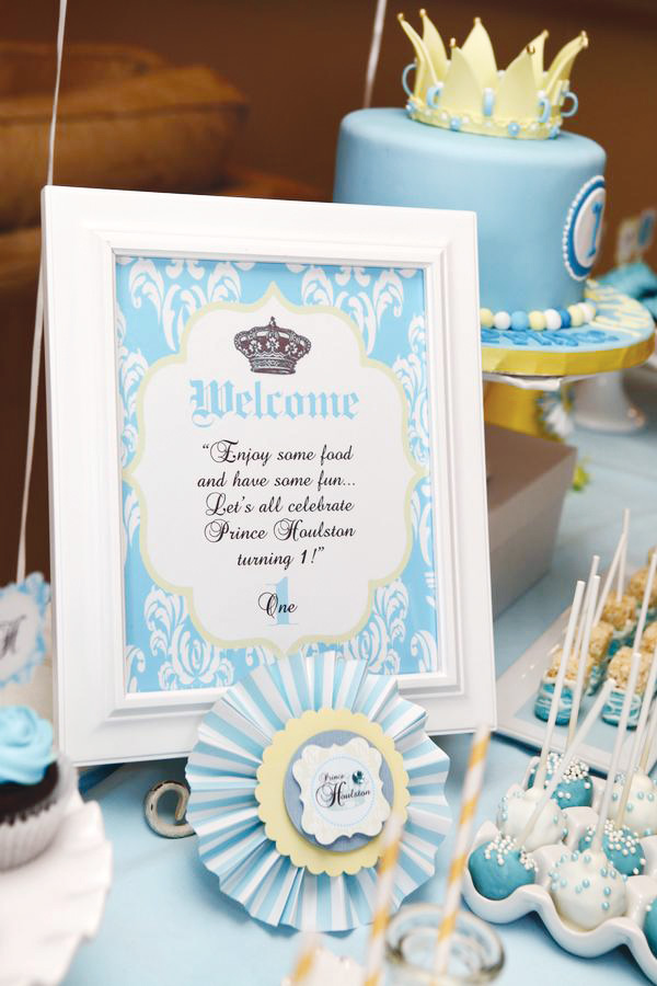 prince birthday sign ; little-prince-birthday-party-welcome-sign