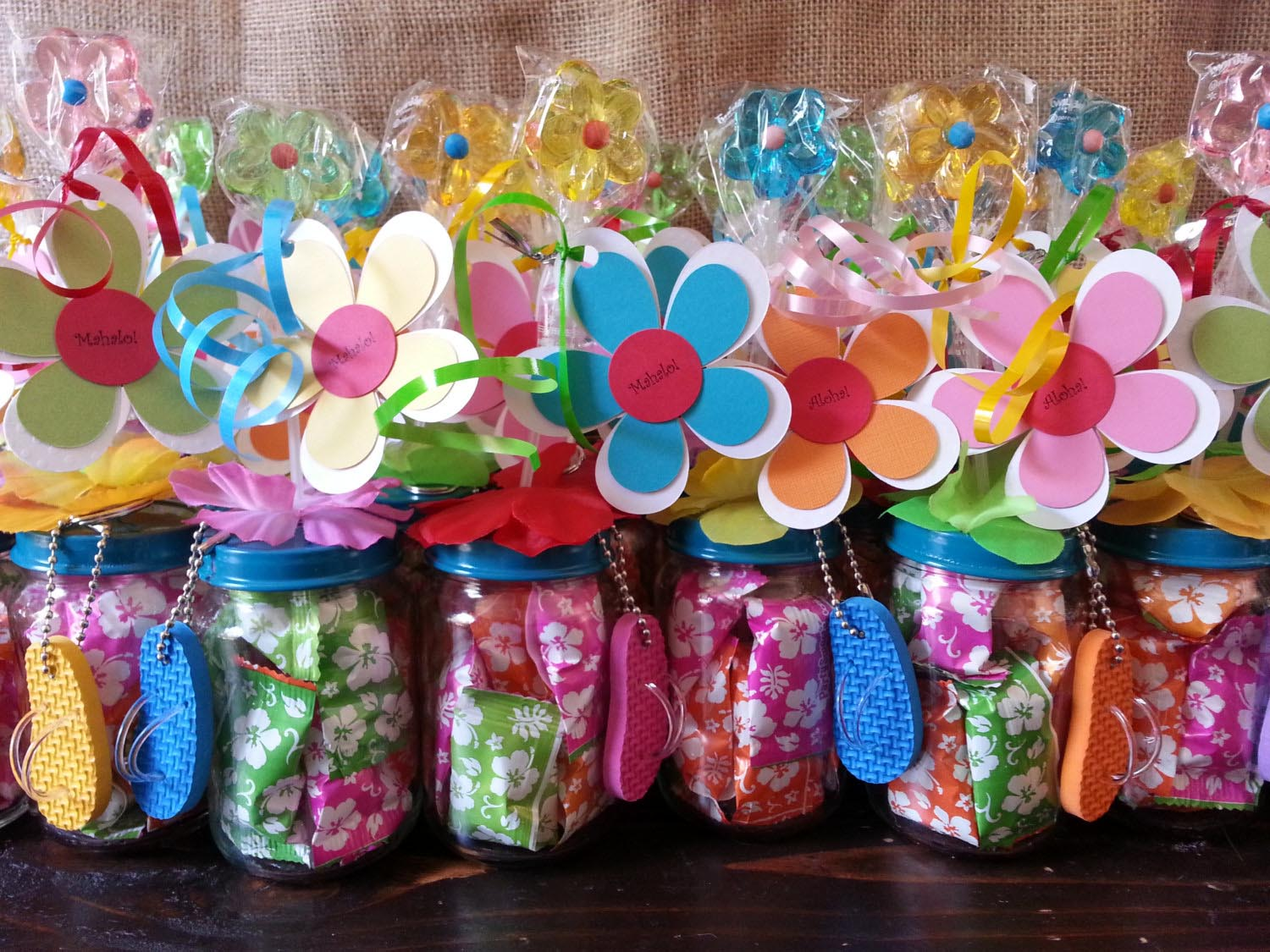 sample pictures of birthday giveaways ; simple-kids-party-favors-flower-colorful-personalized-sample-collection-adjustable-themes