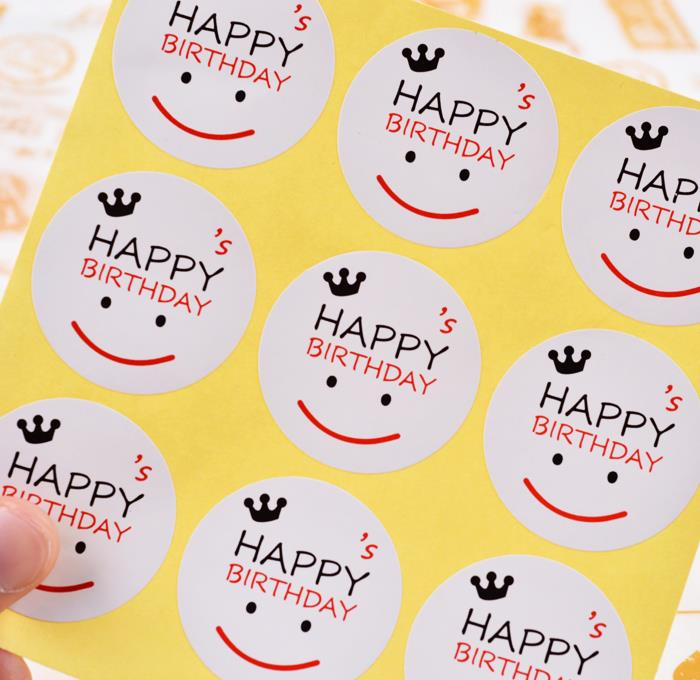 stickers de happy birthday ; happy-birthday-s-smile-sticker-2-pcs-happycorner-1408-27-HappyCorner@2