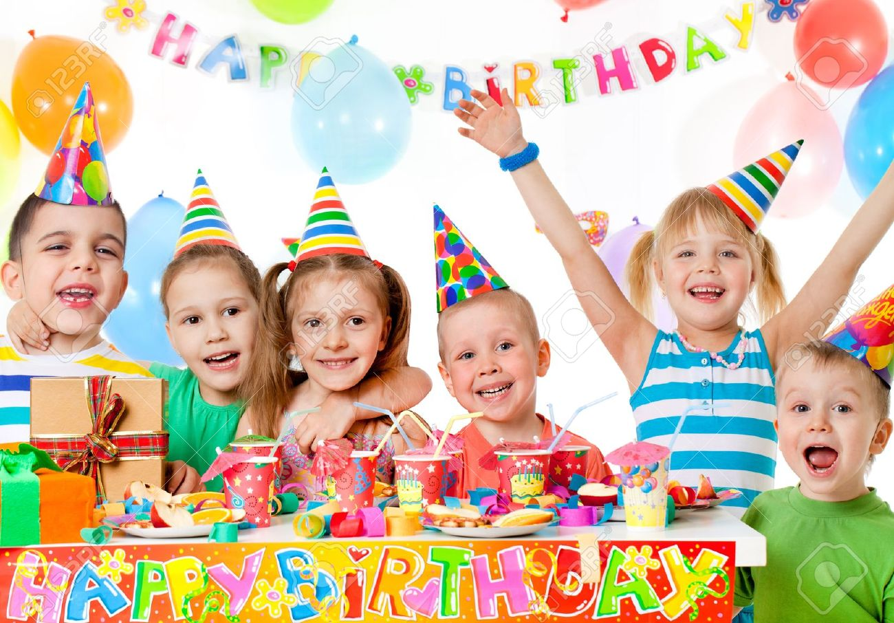 stock image birthday ; 20628235-group-of-children-at-birthday-party