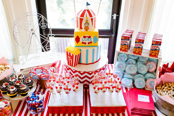 themed birthday party supplies ; Circus-Themed-Birthday-Party