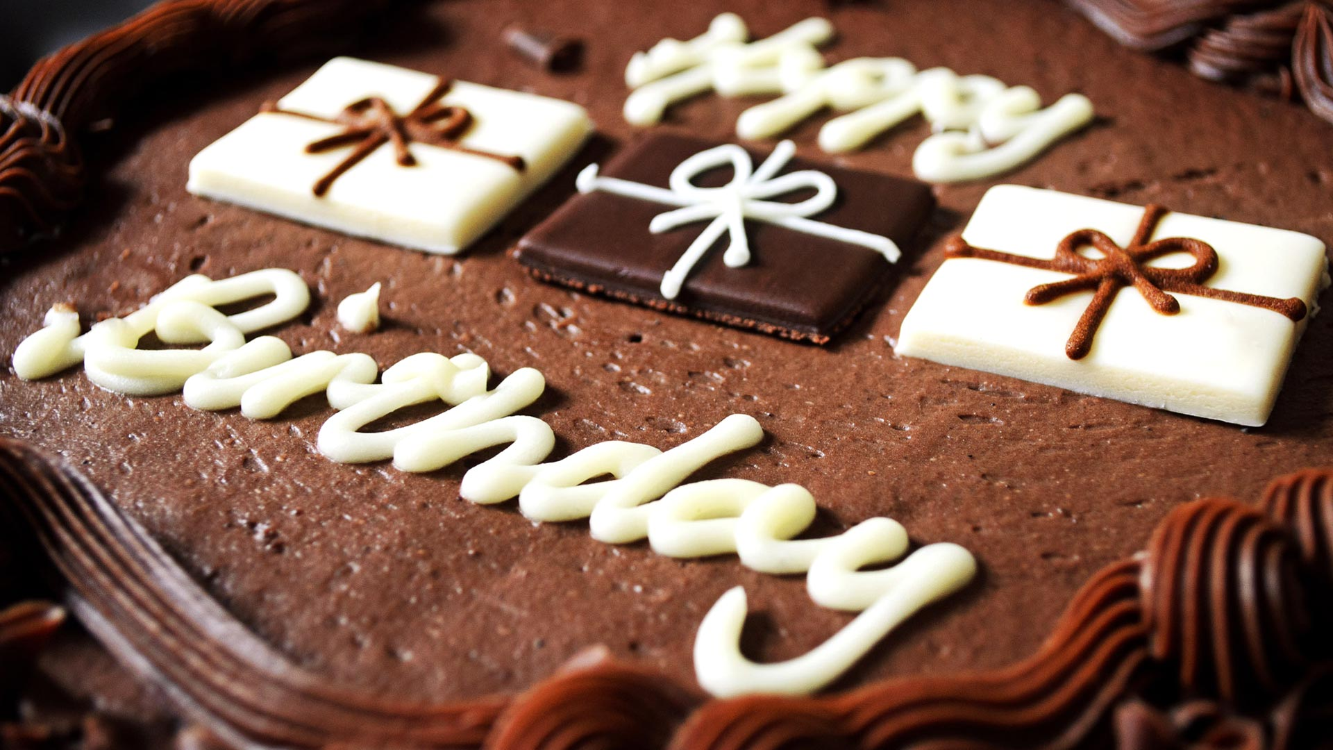 wallpaper kek birthday ; Happy-birthday-chocolate-cake-wallpaper-HD-desktop
