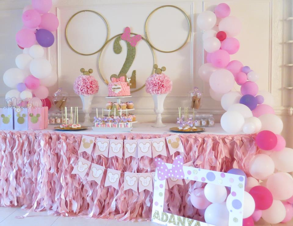 2nd birthday party ideas for girl ; minnietable2