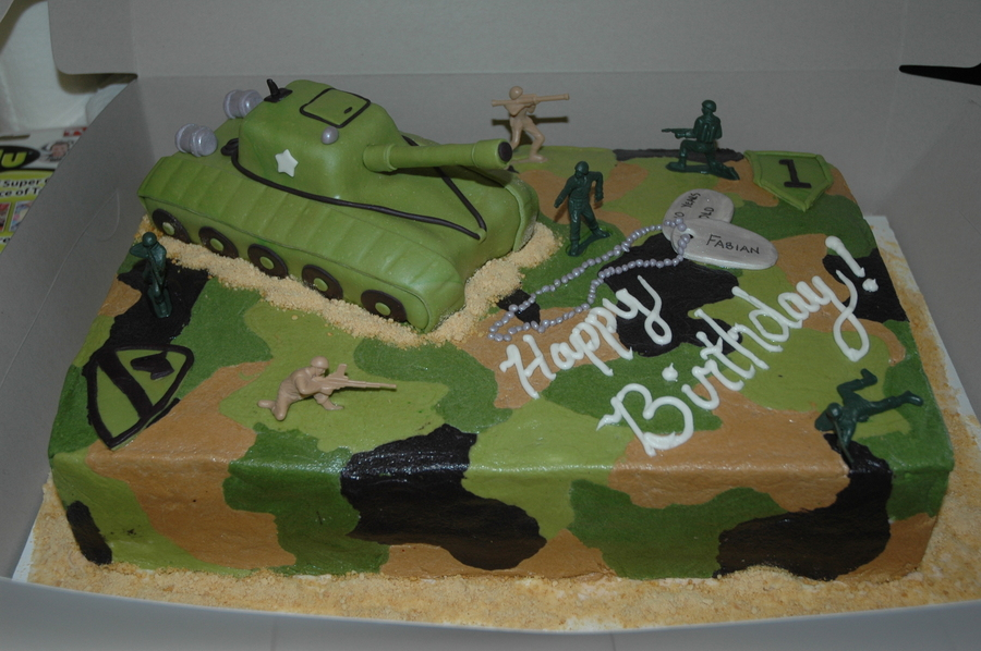 army tank birthday cake picture gallery ; 900_710691FqmP_army-cake