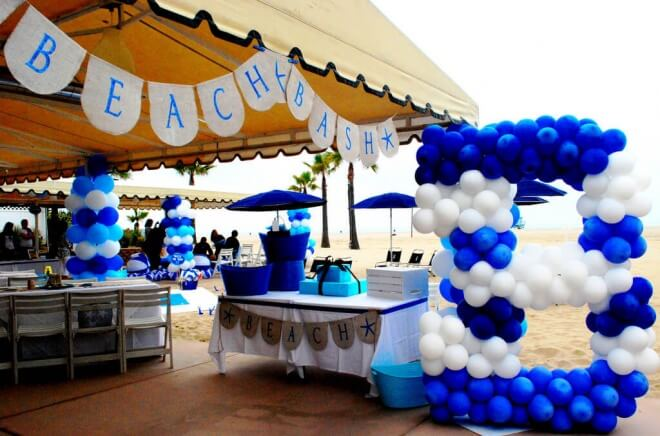 beach birthday party ; Boys-Beach-Themed-Birthday-Party-Balloon-Decorations-660x436