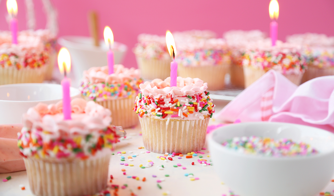 birthday cupcakes ; Birthday-Cupcakes-Featured