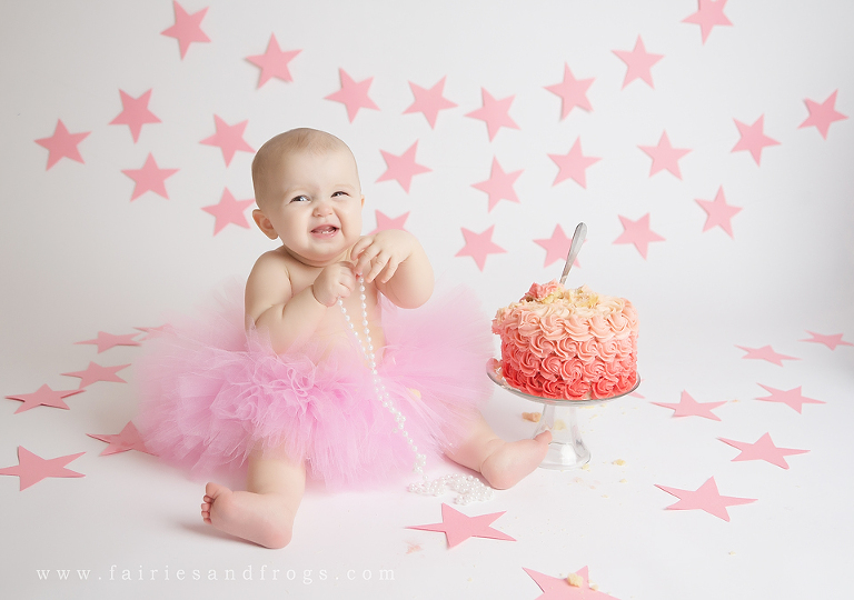 birthday photo session ; babys-first-birthday-session-in-olympia-washington-p(pp_w768_h540)
