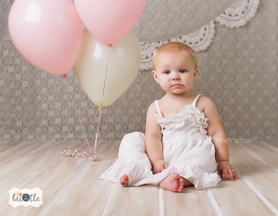 birthday photo session ; st-louis-childrens-photographer-first-birthday-session-070313-01