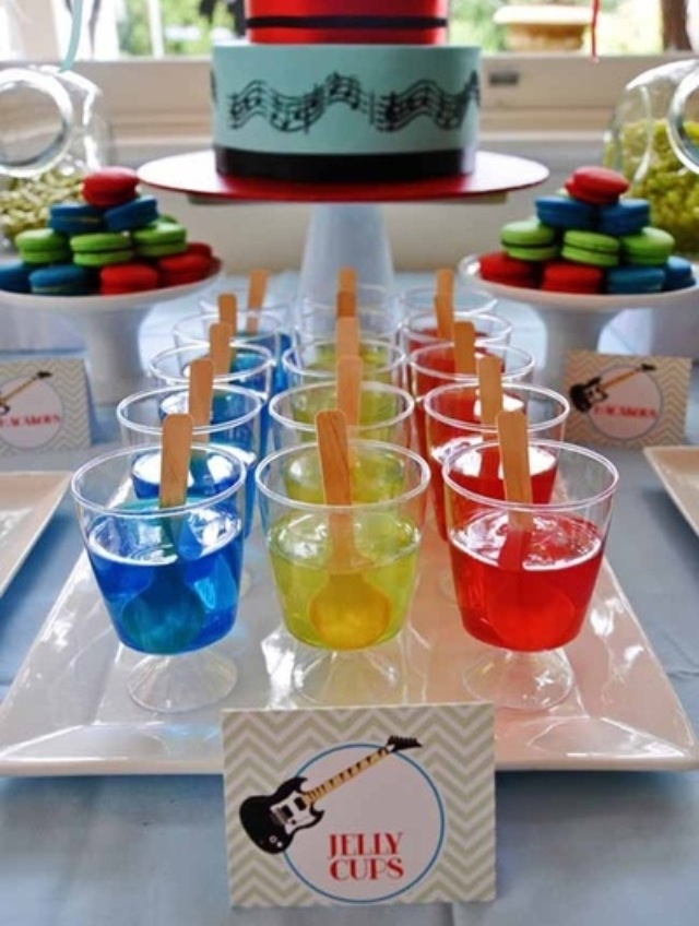 color themed birthday party ideas ; 5bd3f2b5fad1940c337125496868c026--th-birthday-boys-birthday-boy-party