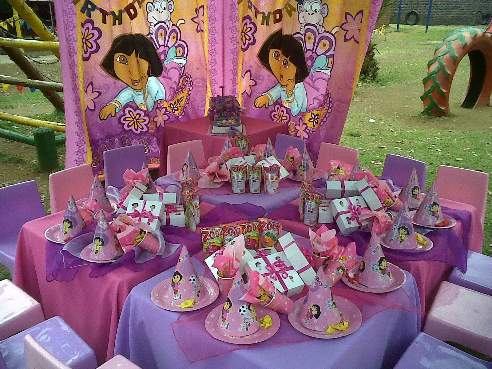 dora colors for birthday party ; DORA-Party-Theme-4-tables