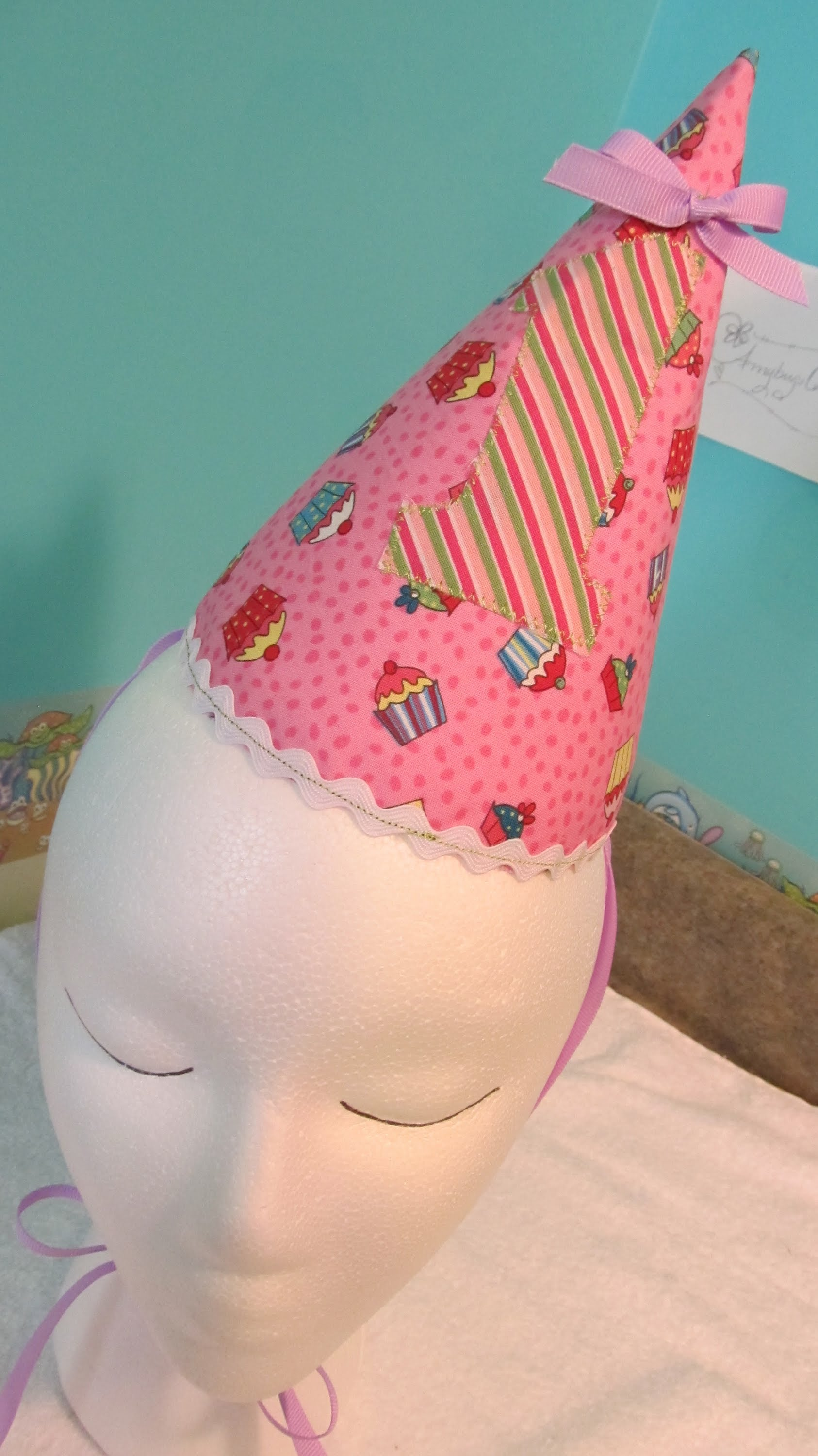 fabric birthday hat template ; maxresdefault