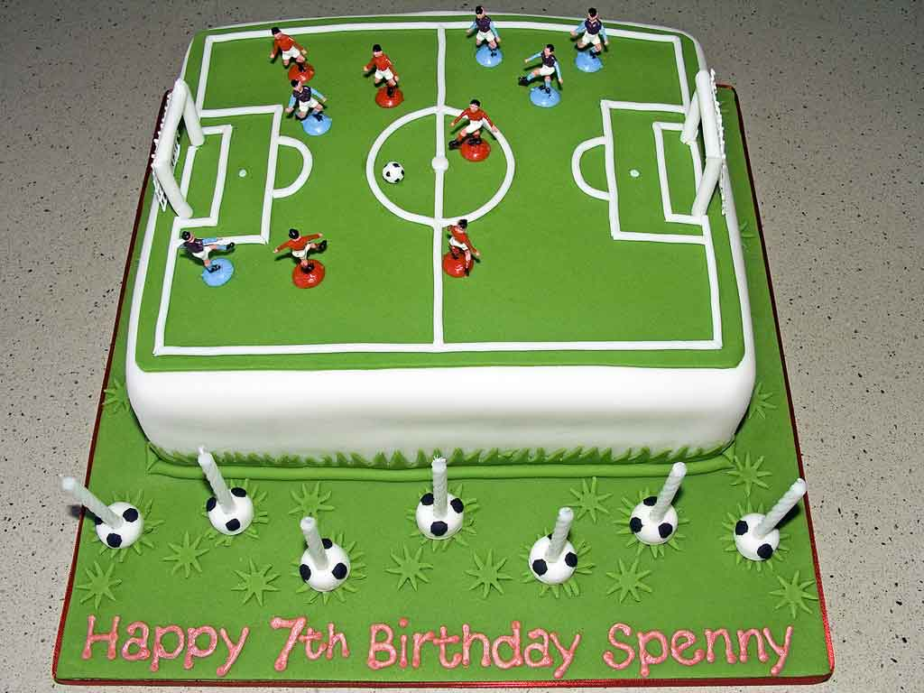 football pitch birthday cake design ; Football-Field-Cakes-Pictures