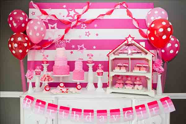 girls bday party ; Doll-House-Themed-Birthday-Party-for-Babies