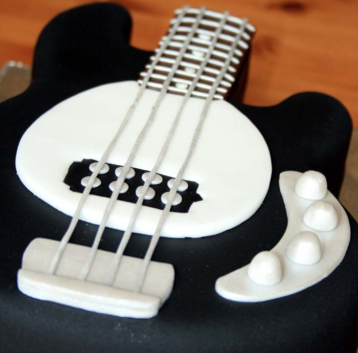 happy birthday bass ; Bass_guitar_cake_2