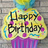 happy birthday cupcake sign ; x200-q90
