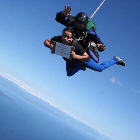 happy birthday skydiving ; happy-birthday-dad-at