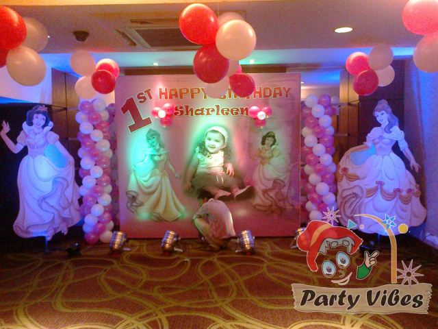 latest birthday party themes ; a4