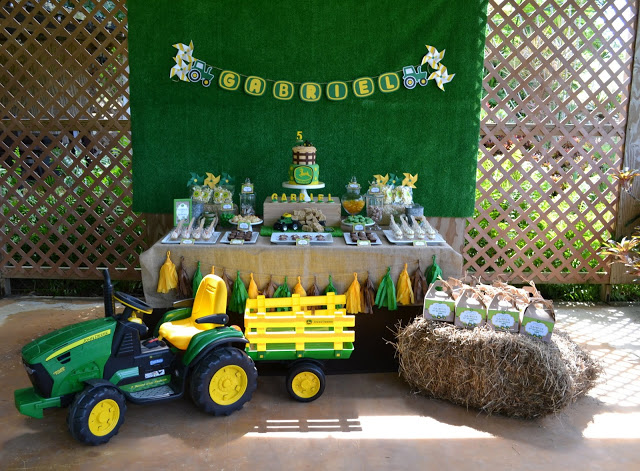 little boy birthday themes ; 5-boys-tractor-themed-birthday-party