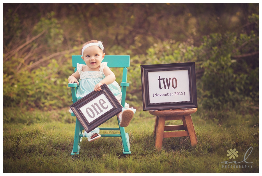 one year old birthday photo shoot ; Tampa_Baby_Photographer_Pregnancy_Reveal