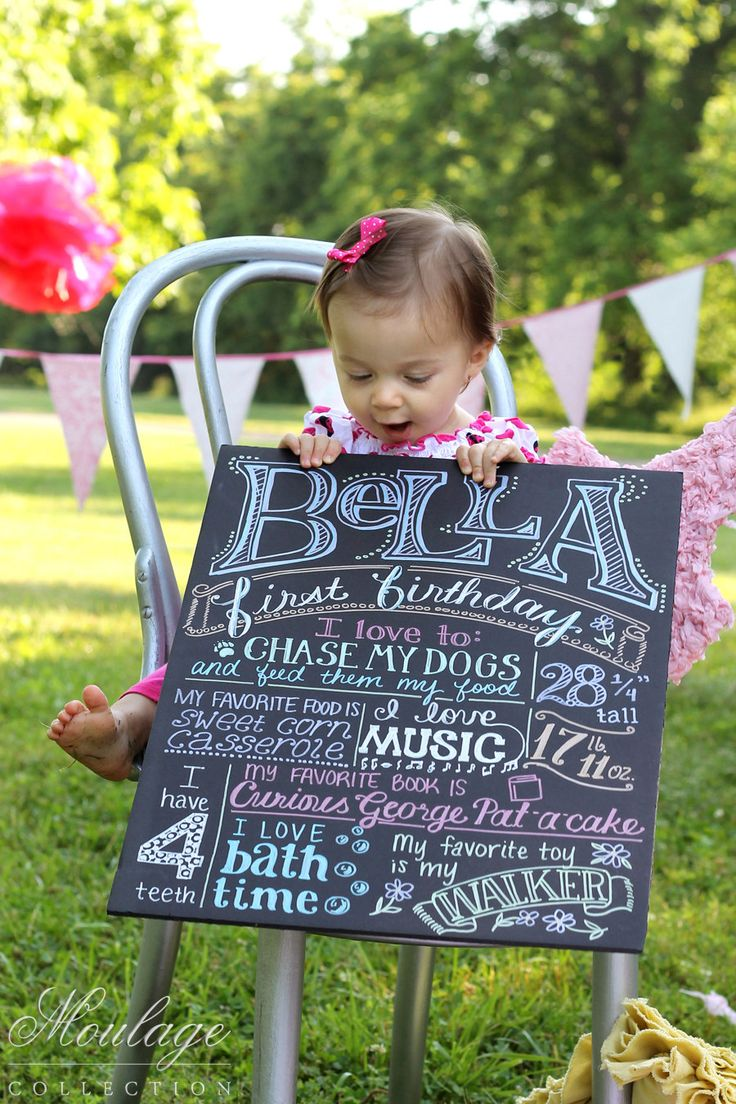 one year old birthday photo shoot ; birthday-board