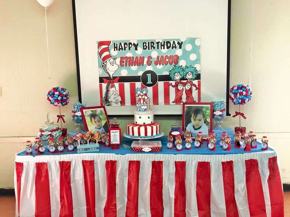 twins first birthday picture ideas ; 10370897_10153188786838338_530051631870990796_n__3_
