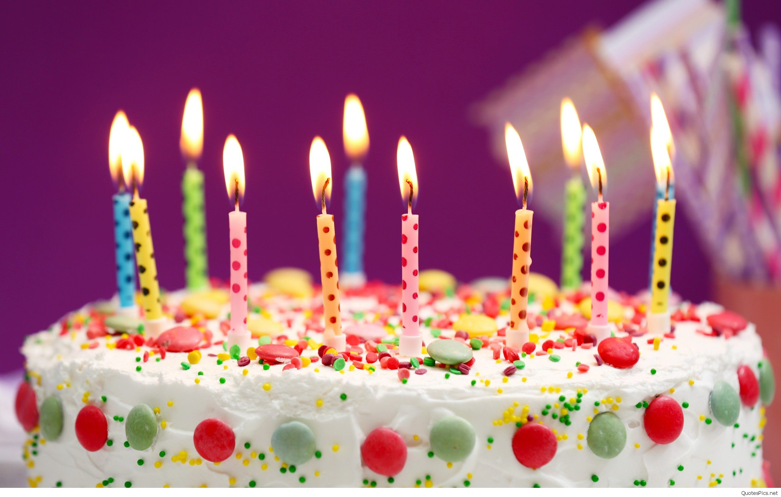 www happy birthday cake wallpaper ; happy-birthday-cake-and-candles-wallpaper