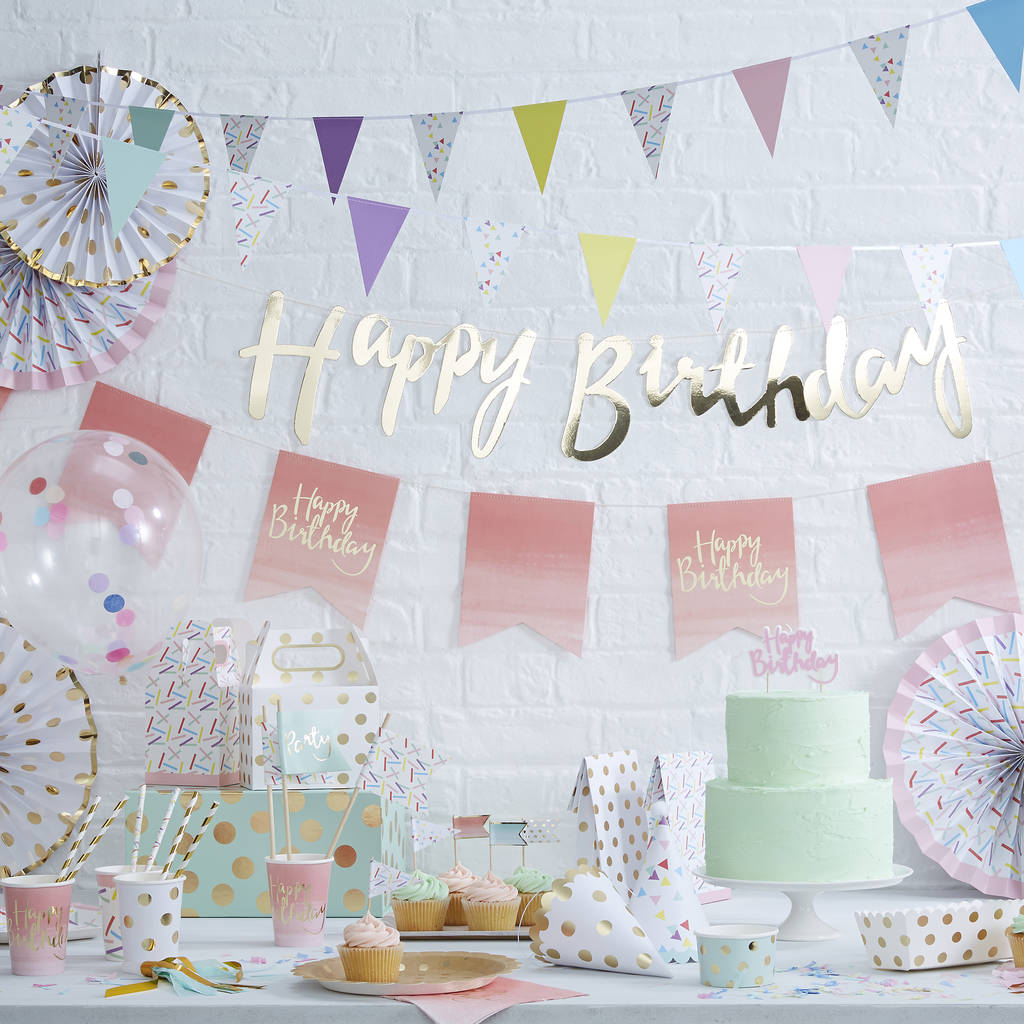 30th birthday photo backdrop ; original_gold-foiled-happy-30th-birthday-bunting-backdrop