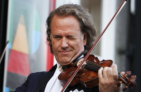 andre rieu birthday card ; wpe1cef58d_05_06