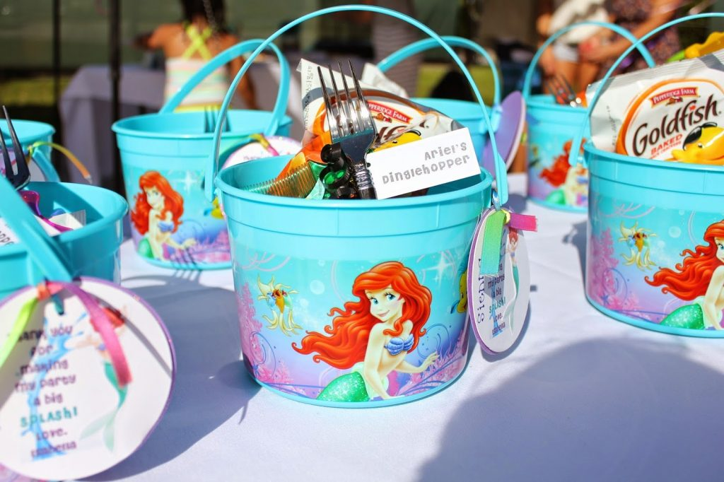 ariel birthday party ; mermaid-birthday-party-favors-1024x682