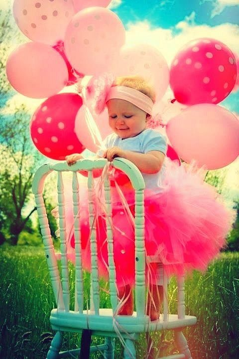 baby 1st birthday picture ideas ; 92aebd2d5ccedec393a7401cc707f6ed--first-birthday-pictures-birthday-ideas