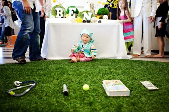baby birthday party games ; baby-crawl-game-560x373