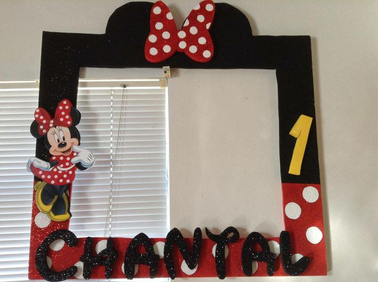 big picture frames for birthday parties ; 1fe0a2d99ff3a05bb0a1acf0b0656cc1--fiesta-minnie-mickey-minnie-mouse