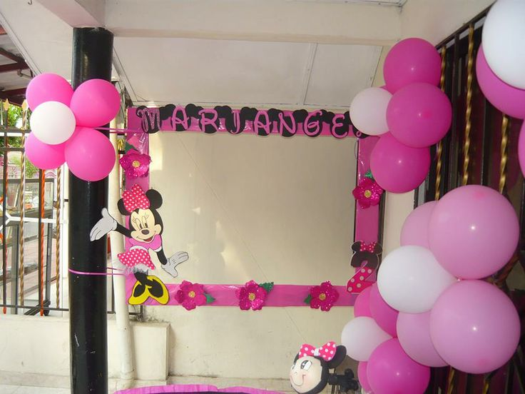 big picture frames for birthday parties ; b83f077ffe6c4a2a52c6a98b607cfe11--foto-frame-minnie-mouse-party